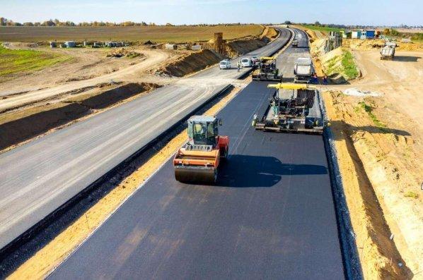 Prezident Abşeron rayonunda avtomobil yollarının əsaslı təmirinə 19,7 milyon manat ayırıb