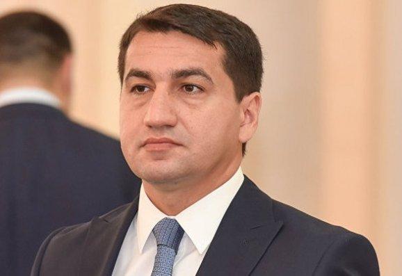 """Hikmət Hacıyev: """"Münaqişə demaqogiya və ya populizm obyekti olmamalıdır"""""""