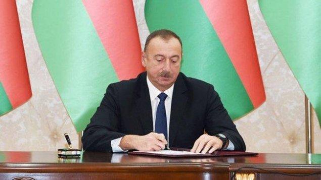Prezident Akif Məlikovu təltif edib