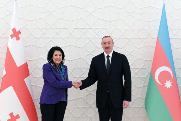 İlham Əliyev Gürcüstan prezidentini təbrik etdi