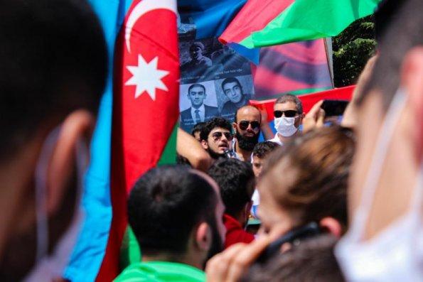 İstanbulda Azərbaycana dəstək mitinqi keçirildi  — FOTOLAR