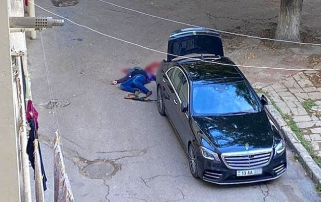 Bakıda 36 yaşlı kişi özünü başından güllələyərək öldürdü