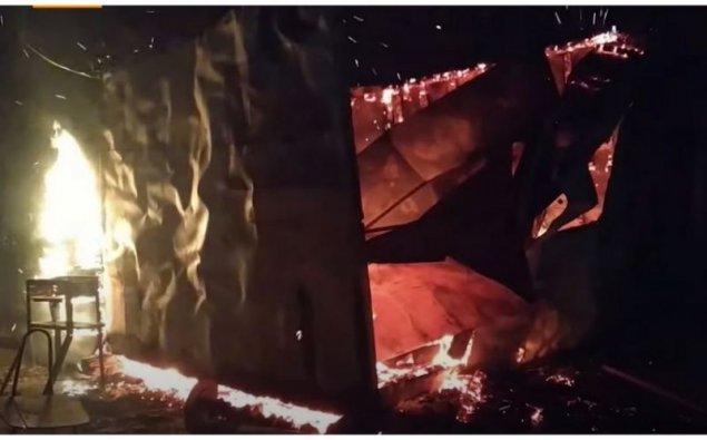 Ermənilər Ağdamı da tərk edərkən evləri yandırırlar  — VİDEO