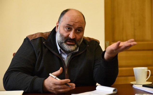 Ermənistanda hakim partiyanın deputatı mandatından imtina edib
