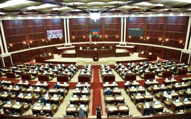 Milli Məclisdə Fransa Senatına etiraz bəyanatı qəbul olunub