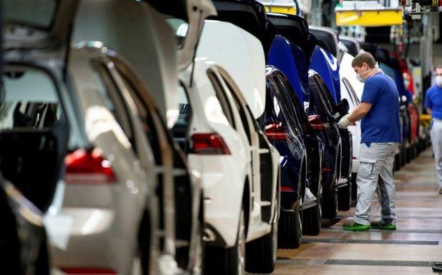 Azərbaycan minik avtomobili istehsalını 21% azaldıb