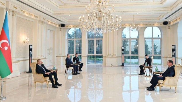 İlham Əliyev İndoneziya və Belarus səfirinin etimadnaməsini qəbul etdi - FOTO