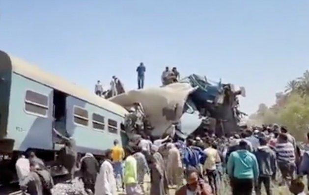 Misirdə iki qatar toqquşdu - 32 ölü, azı 66 yaralı + Video
