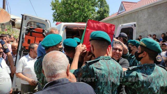 DSX-nin şəhid hərbi qulluqçusu dəfn edildi (FOTOLAR)