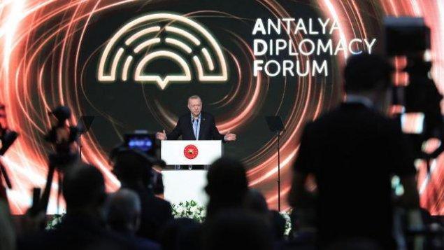 Antalyada liderlərin mötəbər forumunda azərbaycanlı imzası – baş redaktor təəssüratlarını bölüşdü