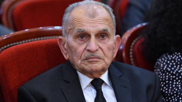 İlham Əliyev Xalq artistinə mənzil hədiyyə etdi