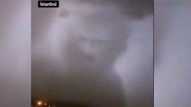 İstanbul səmasında qorxunc bulud (VİDEO)