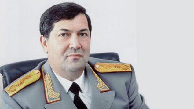 Nazir Ramiz Zeynalovun bacısı oğlunu işdən çıxardı